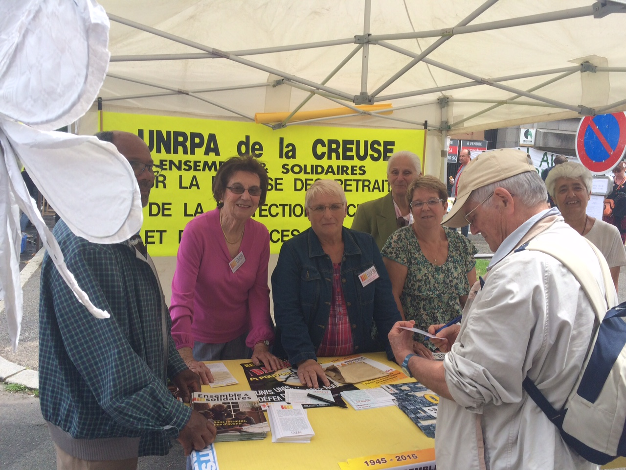150613-Gueret-stand UNRPA-2